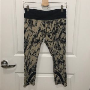 588038a1d3944c Women Lululemon Camo Yoga Pants on Poshmark